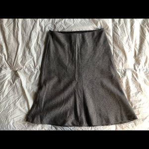 Banana Republic brown and taupe herringbone skirt